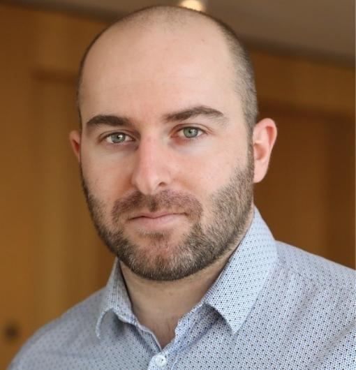 Anthony MARAIN:Consultant senior